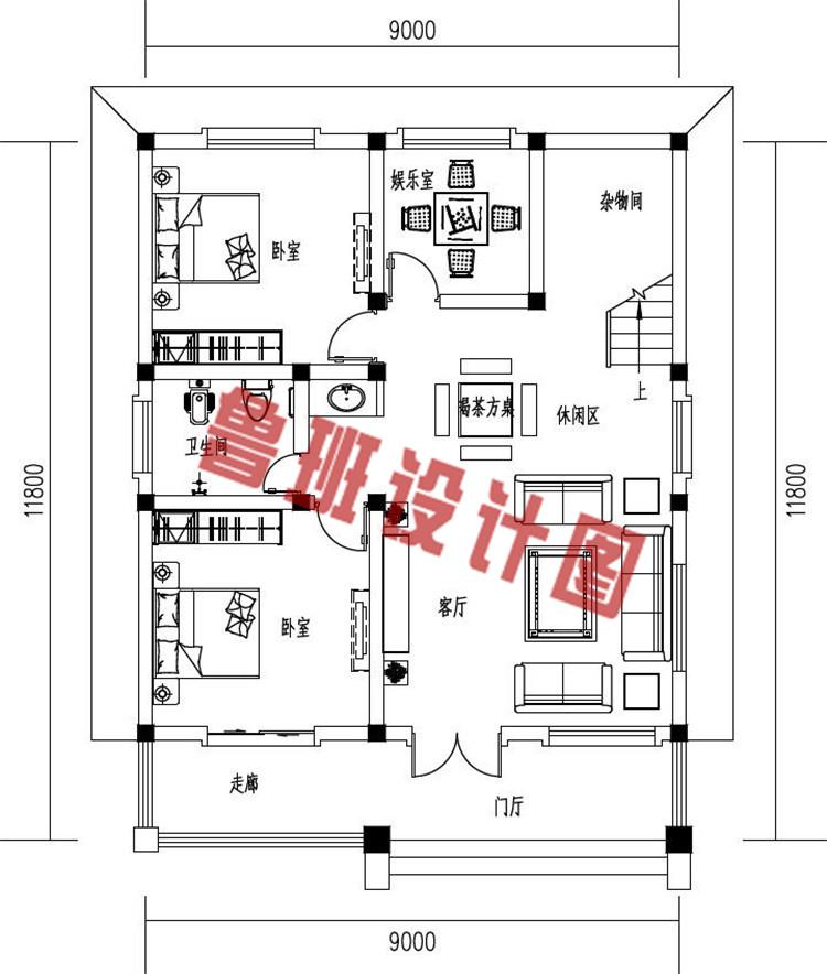简约大气小户型三层欧式别墅设计一层户型图