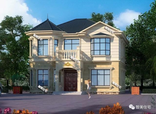 主体建造用框架结构的两层别墅,第一栋像城堡,第二栋带车库